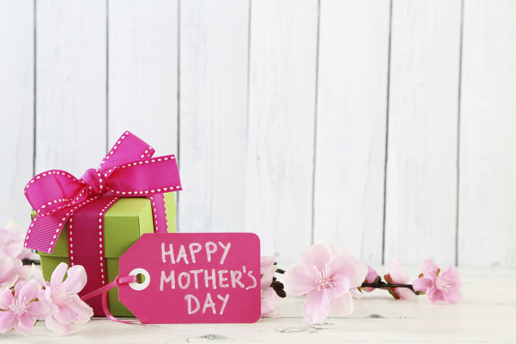 4 Ways That Your Beauty Business Can Profit from Mother's Day