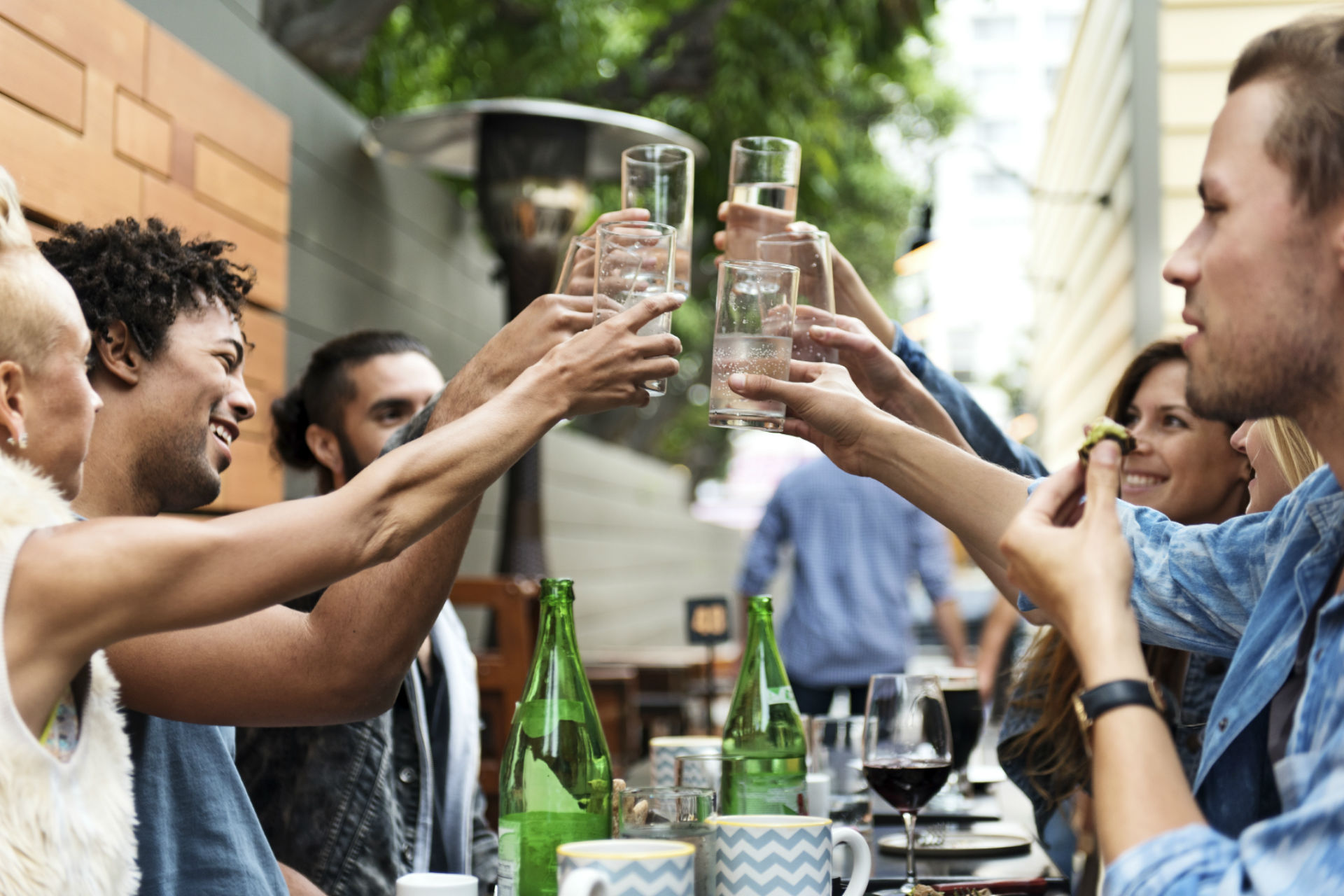 Discover How to Make Your Pub or Bar Profitable This Spring