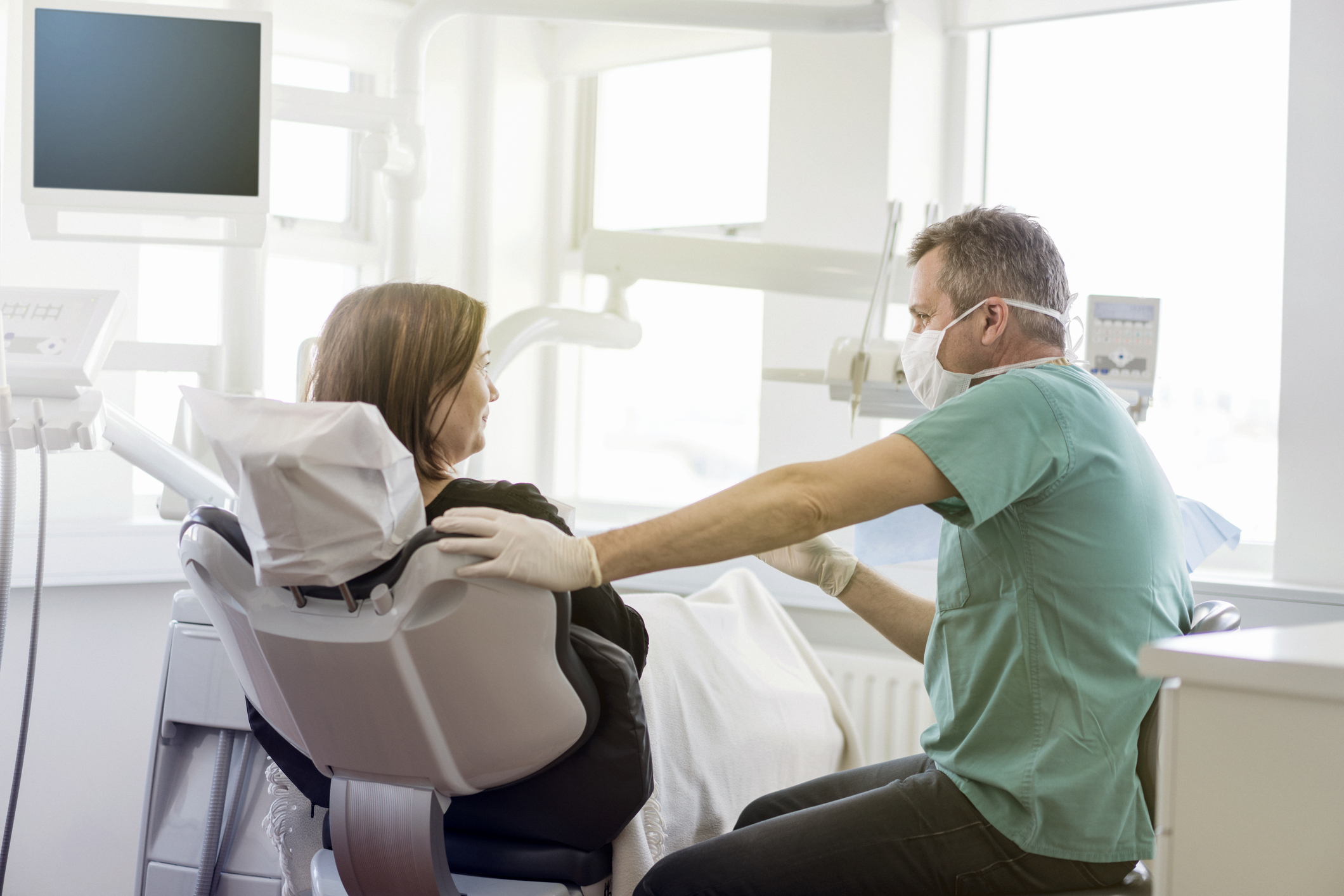 How Dental Practices Can Market Themselves to New Patients AND Keep Them Loyal